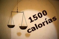 Cuantas calorias debo bajar por dia para bajar de peso