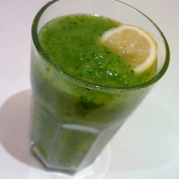 6 Recetas de jugos verdes para quemar grasa abdominal