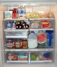 Alimentos bajas calorías en el refrigerador