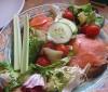 Trucos para comer porciones más grandes con menos calorías
