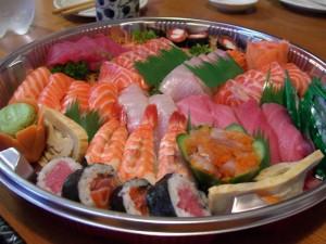 Sushi_Sashimi_Platter_at_Suzuran_Japan_Foods_Trading