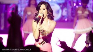Katy_Perry_Wallmart_Show