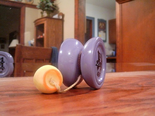 640px-Yo-yo_with_counter_weight