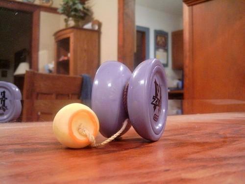 640px-Yo-yo_with_counter_weight